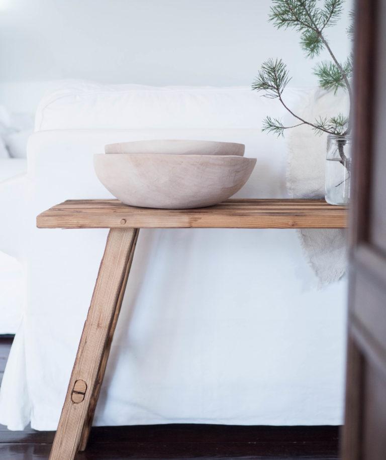 masívna drevená misa